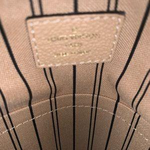 Louis Vuitton Bags - Louis Vuitton Creme Empreinte Leather Artsy